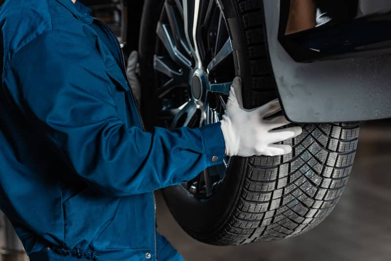 How to take care of your car tires