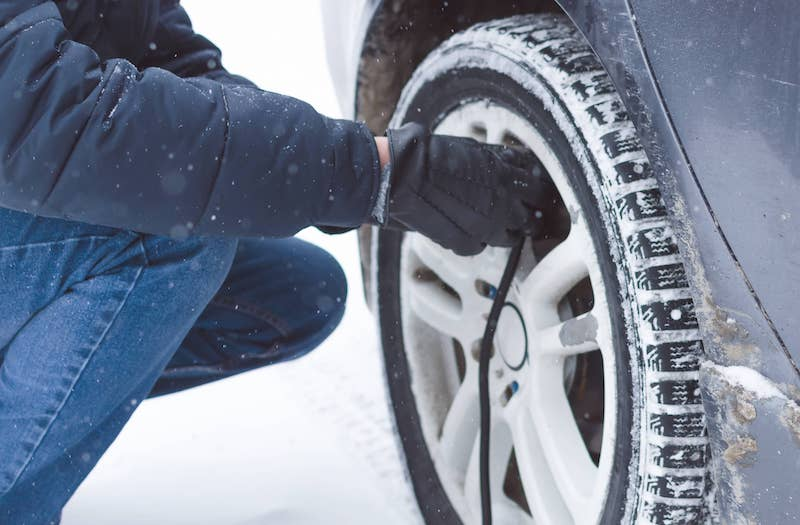 What to do when tire pressure drops?