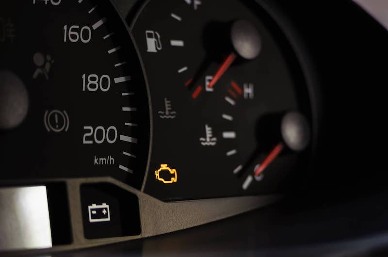 Why You should never ignore warning lights in the car